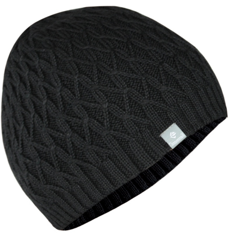 Wholesale Custom Made cable Knit scull beanies decorated with woven tab. 526e17b9887